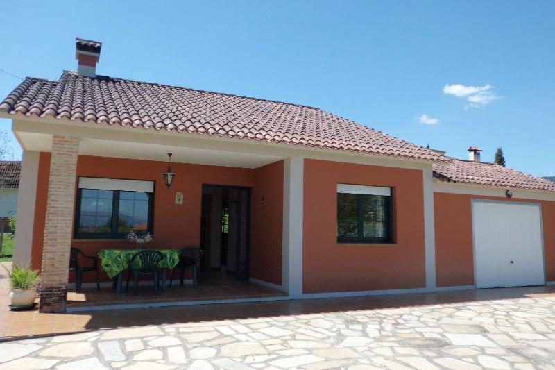 Imagenes de porches de casas perfect planta baja casas for Imagenes de porches de casas